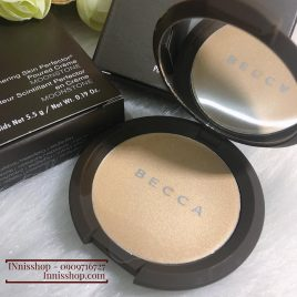 Becca Shimmering Skin Perfector® Poured Crème