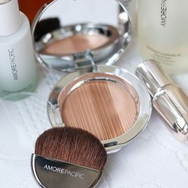 AMOREPACFICI Color Illuminating Compact.